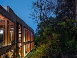 Casa Vila Del Rey: Casas  por Vazio S/A