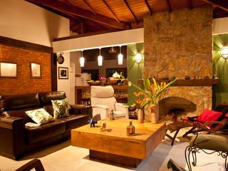 Sala de Estar Salas de estar rústicas por Jaqueline Vale Arquitetura Rústico