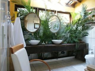 Baños de estilo  por Daniela Zuffo Arquitetura e Interiores