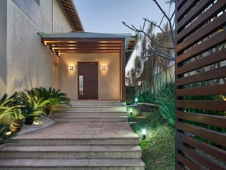 Casas de estilo  por Isabela Canaan Arquitetos e Associados, Moderno