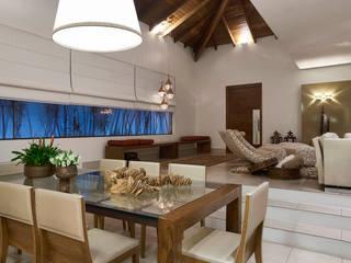 Comedores de estilo moderno de Isabela Canaan Arquitetos e Associados Moderno