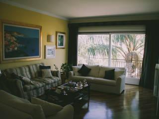 Living room by Studio di Progettazione Arch. Tiziana Franchina, Classic