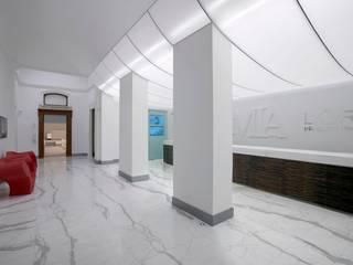Accademia L'Oréal Sedi per eventi moderne di VARASCHINSTUDIO Moderno