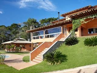 Moran e Anders Arquitetura Rustic style house