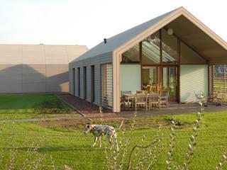 Дома в стиле модерн от ten dAm Architecten Модерн