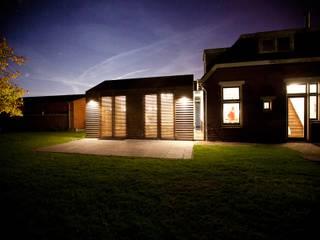 Woonhuis De Meern: moderne Huizen door RHAW architecture