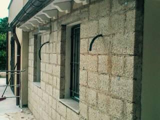 Casas mediterrâneas por Studio tecnico Agnello Mediterrâneo