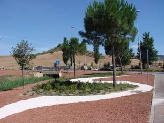 Centro commerciale Giardino in stile mediterraneo di Annibale Sicurella - laborArch Mediterraneo