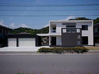 株式会社深田建築デザイン研究所 Modern houses