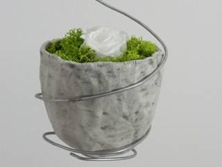 Vasi sospesi di Ceramica Artistica di Chiara Cantamessa Moderno