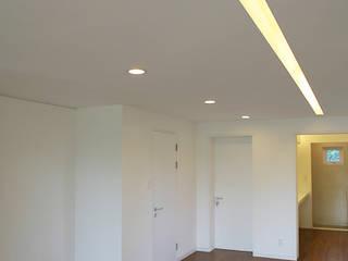 IDÉEAA _ 이데아키텍츠 Modern Living Room