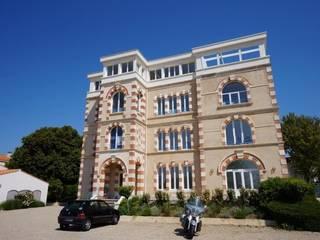Façade principale du bâtiment :  de style  par EXCEL TRAVAUX