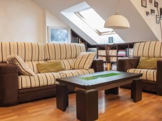Karol Pidal Living room