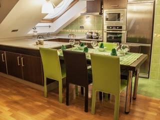 Karol Pidal Classic style dining room
