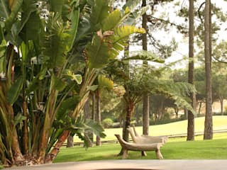 Vườn phong cách chiết trung bởi COISAS DA TERRA Chiết trung