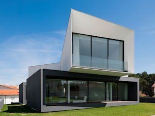 minimalistic Houses by Urban Core