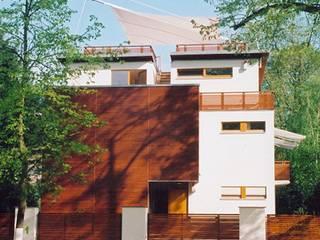 WAF Architekten บ้านและที่อยู่อาศัย