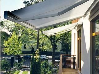 Neubau einer Stadtvilla, Berlin Grunewald Moderner Balkon, Veranda & Terrasse von WAF Architekten Modern