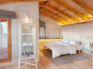 Dormitorios rurales de pedro quintela studio Rural