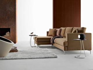 Sofás com chaiselongue Sofas with chaiselongue www.intense-mobiliario.com Marum http://intense-mobiliario.com/product.php?id_product=5571:   por Intense mobiliário e interiores;