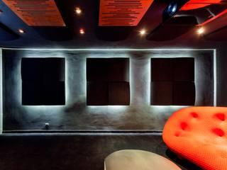 Showroom Venturi Home Solutions, Łódź Nowoczesny pokój multimedialny od Venturi Home Solutions Nowoczesny