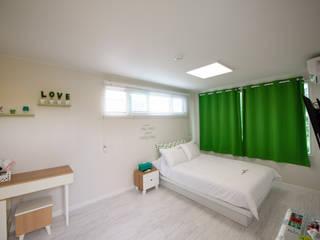 Bedroom by 쭈욱 게스트하우스,