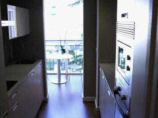 NAZAR Estudio Classic style kitchen