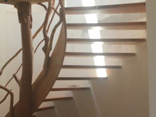 Corridor & hallway by L atelier, Modern