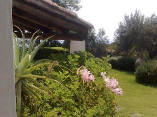 Parco Privato Catania Giardino in stile mediterraneo di SPAZIO AV ARCHITETTURA VERDE AMBIENTE ARTE Mediterraneo