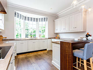 Kitchen of the Old Police Station Harrogate, Showhouse:  Kitchen by Rachel McLane Ltd
