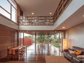 Livings de estilo  por MGS - Macedo, Gomes & Sobreira, Moderno