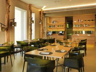 RESTAURANTE JOAN MARC Gastronomía de estilo moderno de keragres Moderno