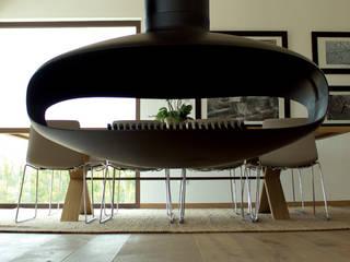 VIVIENDA UNIFAMILIAR EN SELVA Salones de estilo moderno de keragres Moderno