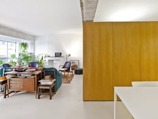 VIVIENDA EN PALMA Salones de estilo minimalista de keragres Minimalista