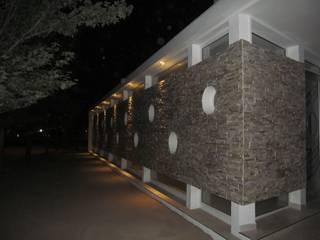 modern  by STREMEL CONSTRUCCIONES SRL, Modern