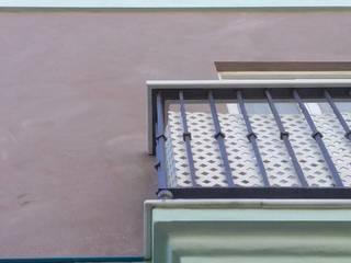 Balcones y terrazas clásicos de Ahumada Construcciones y Rehabilitación S.L Clásico