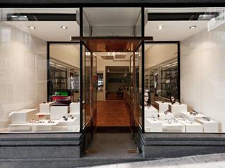 by XYZ Arquitectos Associados Modern