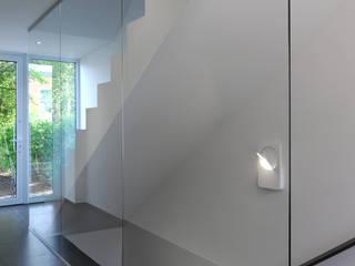 Aux portes du Limbourg:  de style  par Luc Spits Interiors