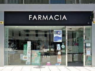 Farmacia TM Casas de estilo moderno de Sánchez-Matamoros | Arquitecto Moderno