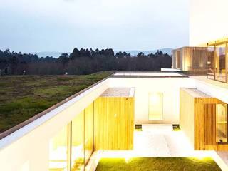 Hotel Turismo do Minho Jardins modernos por Neoturf Moderno