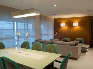ANALU ANDRADE - ARQUITETURA E DESIGN ห้องทานข้าว
