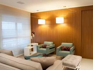 ANALU ANDRADE - ARQUITETURA E DESIGN Salas de estilo moderno