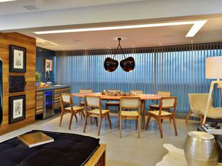 DO ALTO DA PARALELA Salas de jantar modernas por Edílson Campelo Arquitetura Moderno