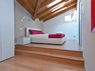 Dormitorios de estilo moderno de FLOORBAMBOO Moderno