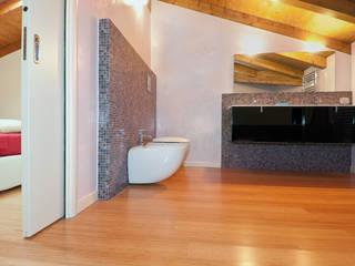 Baños de estilo moderno de FLOORBAMBOO Moderno