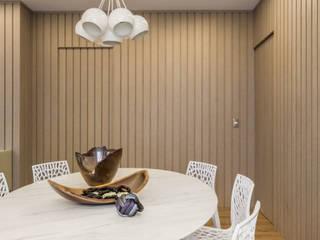 Apartamento Villa Paris Salas de jantar modernas por Melina Mundim | Design de Interiores Moderno