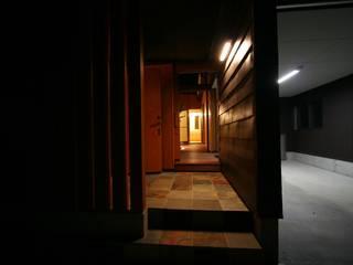 輝けるコート  The court which can shine : 遠藤知世吉・建築設計工房が手掛けた廊下 & 玄関です。