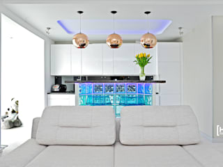 Minimalist living room by Hunter design Minimalist