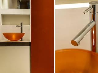 Projet D2: Salle de bains de style  par ateliereb