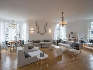 Wohnraum der Villa:  Veranstaltungsorte von Bleibe